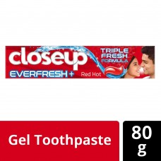 Closeup triple fresh formula anti-germ gel toothpaste red hot 80g